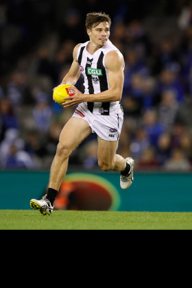 Josh Thomas has not been fantasy relevant at all for a number of years now, so why is he being featured today on a fantasy site? His spot in the Collingwood best 22 should be up for grabs but it hasn't been, so it's a bit of a surprise that he has survived the sacking of Nathan Buckley to be picked under caretaker Robert Harvey. The modern style with gun draftee mids is to blood them in the seniors as a half forward flanker, so Thomas really should be making way for some younger conveyances. His senior career is in the balance.